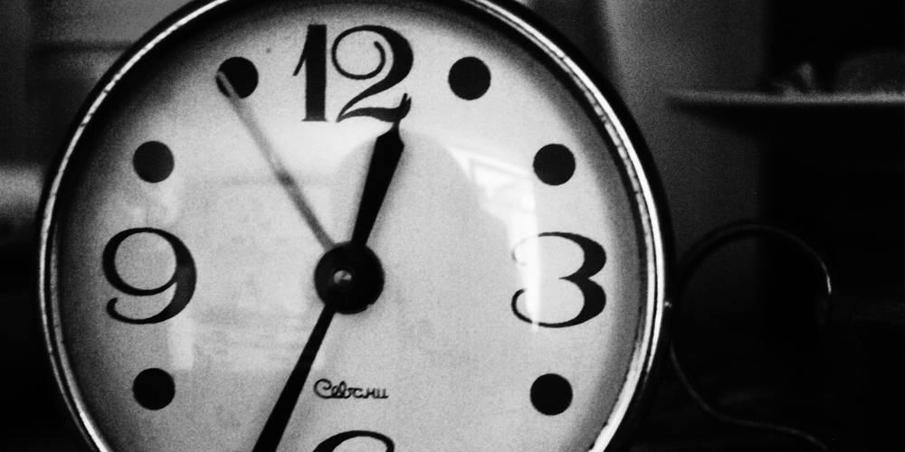 clock-petradr.jpeg